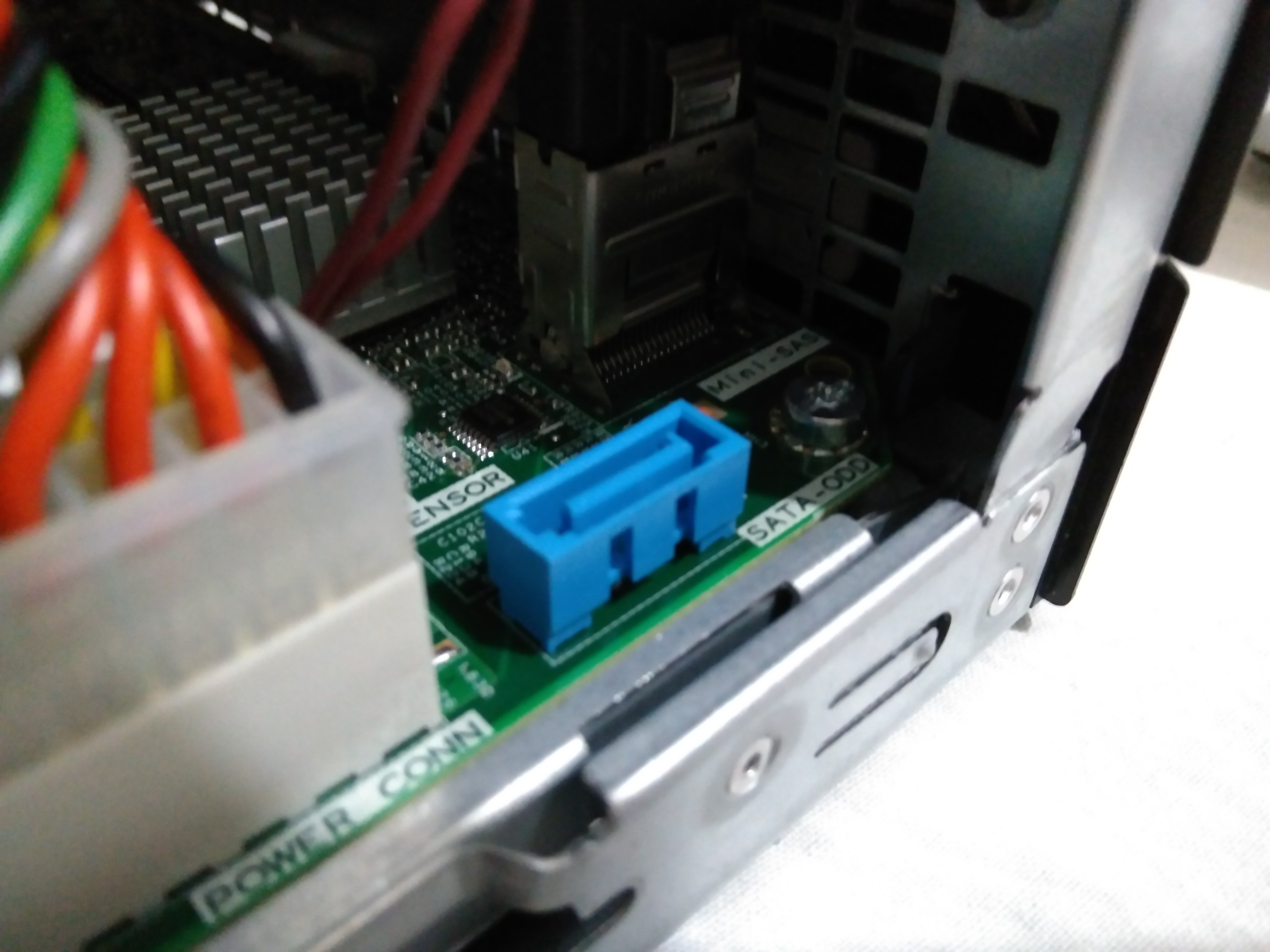 Home Server 4 Install Ssd To Hp Microserver Gen8 Data Wiring Sata Port